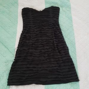 Strapless cute black dress